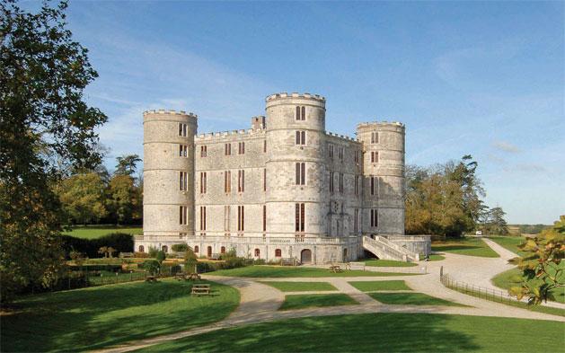 Dorset Wedding Venues - Lulworth Castle