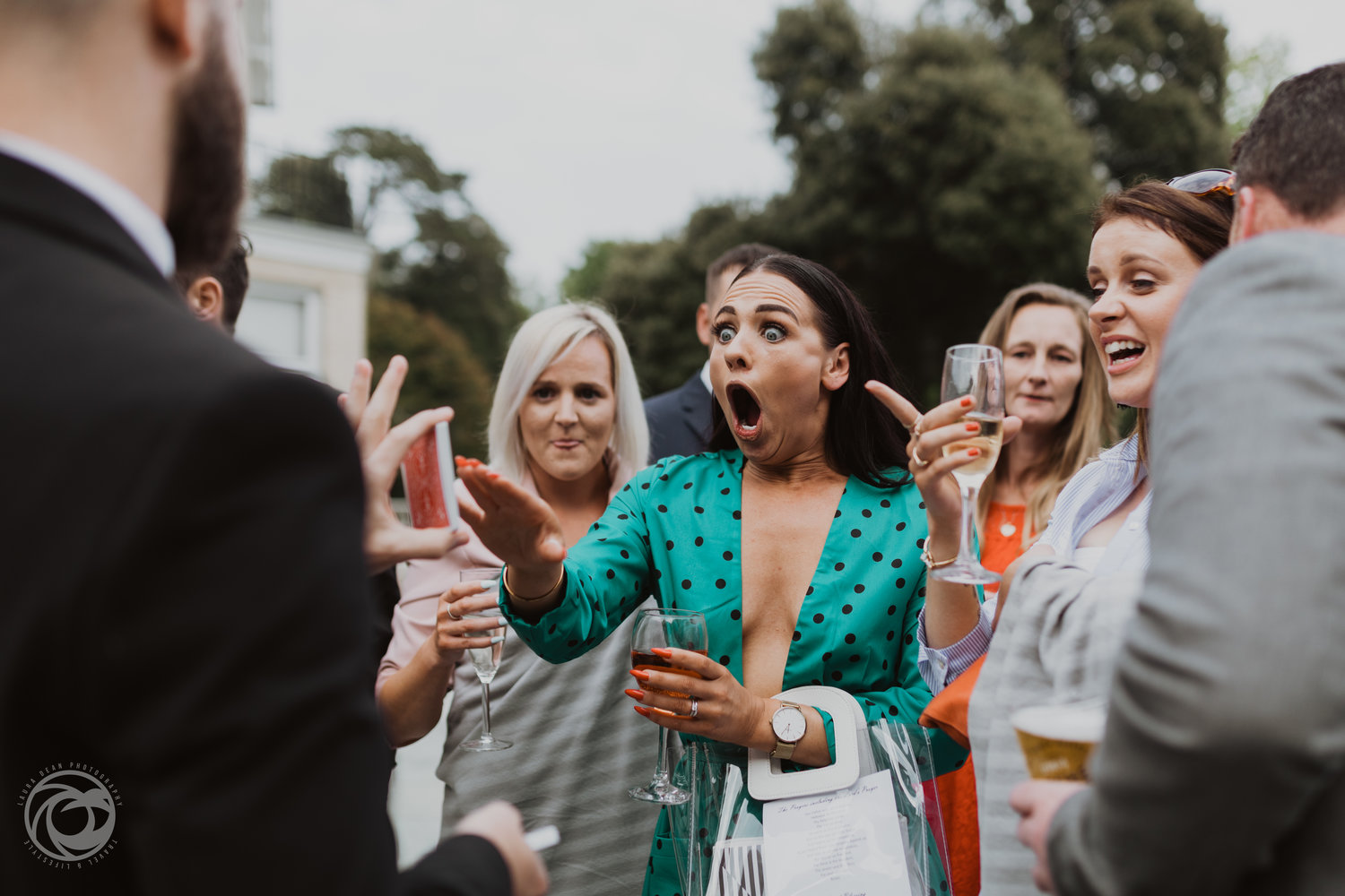 Jawdropping reaction to Dorset Wedding Magician Chris Piercy